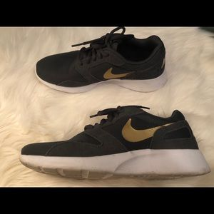 Nike shoes - grey and gold